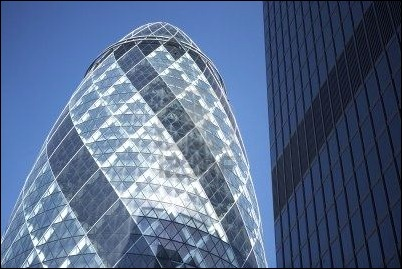 glass-exterior-of-swiss-re-tower-london-england